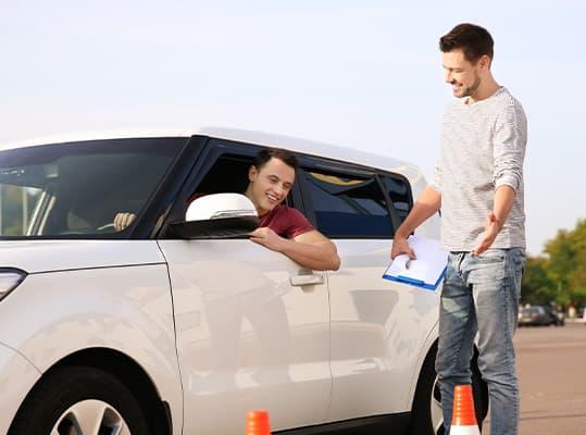 Buchhaltung für Fahrschulen & Fahrlehrer